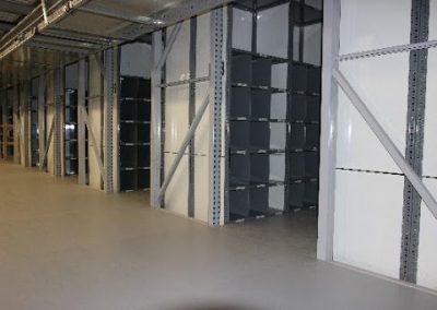 Grey diving shelves